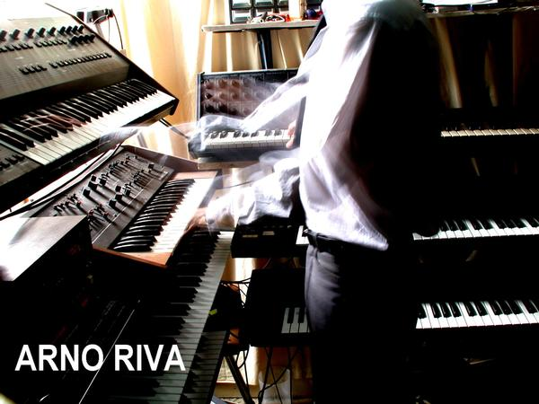 Arno Riva is a synth player but not only